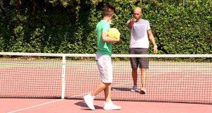 [Video Sport] Calcio Tennis Challenge – Zapinho INFORTUNIO durante le riprese | I2BOMBER