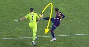 [Video Sport] Top 10 Gol Rubando La Palla Al Portiere Nel Calcio