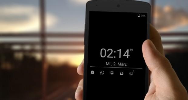 Controllare l'ora e i messaggi a schermo spento su Android