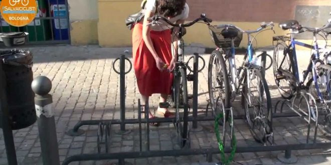 La bici: legala bene!